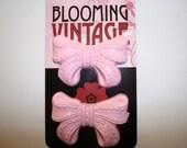 1950s style Cute Little Bubble gum Pink Bow Cabochons
