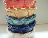 The Perfect Gift Woven pottery bowl with holes-bread warmer-bread baker-fruit bowl-centerpiece-home decor