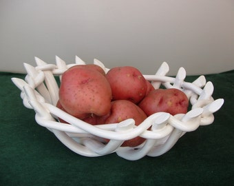 Pottery Bowl-fruit bowl-bread warmer-bread baker-home decor-centerpiece-functional potterybowl