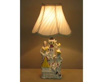 Small Vintage Table Lamp with Victorian Lamp Shade -The Courtship   0410