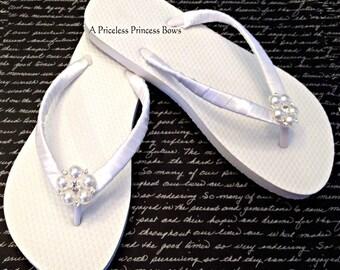 Bridal Flip Flops - Wedding Flip Flops - Bridesmaid Flip Flops - Bride Beach Sandals - Beach Wedding -  30 Strap Color