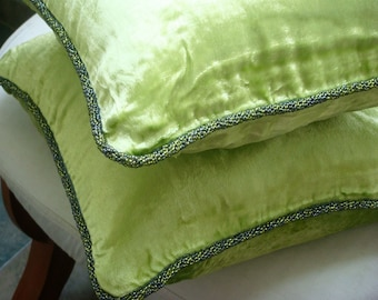 """Designer Lime Green Pillow Covers, 16""""x16"""" Velvet Pillowcase, Square  Solid Color Beaded Cord Pillow Cover - Green Lime"""