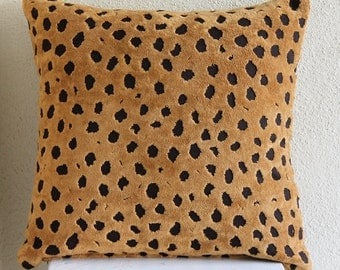 """Handmade Beige Throw Pillows Cover For Couch, 16""""x16"""" Velvet Pillows Cover, Square  Leopard Design Pillows Cover - Wild Leopard Spots"""