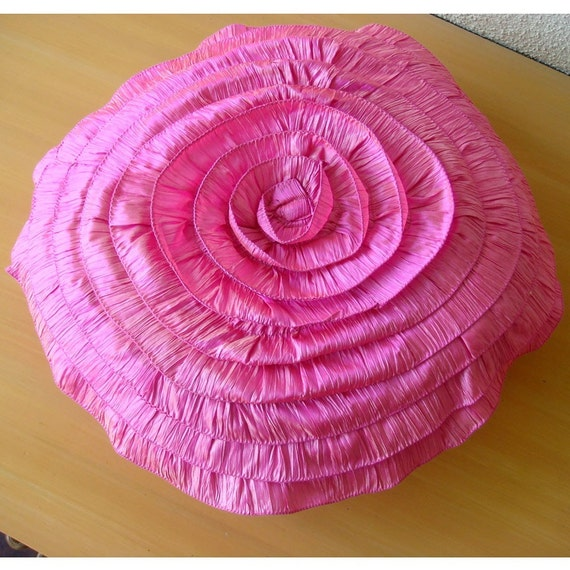 Decorative Throw Pillow Covers Couch Pillow Sofa 16 Inch Round Pink Crushed Ruffle Rose Silk Pillow Cover Home Decor Housewares Vintage Rose