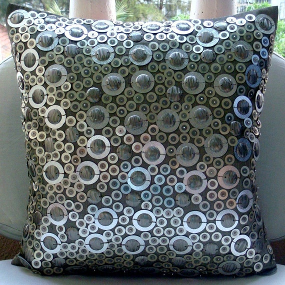 Decorative Throw Pillow Covers Accent Pillow Couch Sofa Toss Pillows 20x20 Silver Silk Pillow Case 3D Sequins Embroidered Shiny Disco Balls