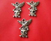 5 pcs Antique silver skull eagle charms