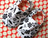 Sale, Reversible Baby Shoes, Modern Floral