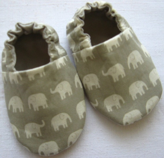 Reversible Baby Shoes, Elephants in Grey