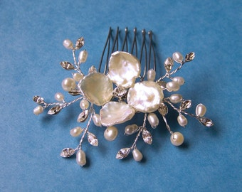 Bridal Pearl Hair Comb with Pearl Vines and Keishi Pearl Flower, Wedding Headpiece Hair Accessory