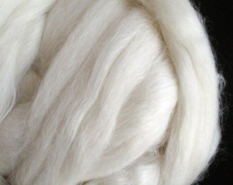 Roving - Ecru Alpaca / Merino / Silk Wool Blend roving (combed top), spinning fiber - 2 ounces