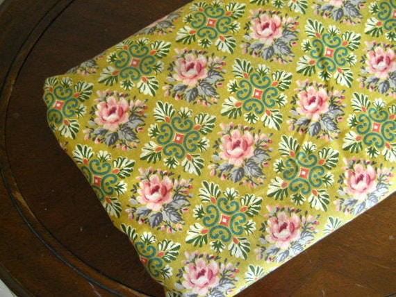 4.6Y Vintage Floral Woven Cotton Fabric