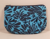 Teal and Navy Floral Pleated Gadget Case Wallet