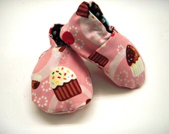 Baby Soft Crib Shoes 0 to 6 months Baby Cupcakes