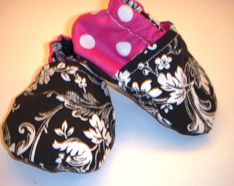 Baby Soft Crib Shoes 0 to 6 month Damask with  White Polka Dots on Hot Pink
