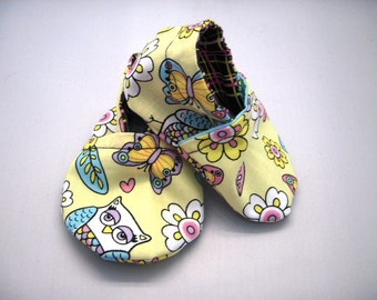Baby Girl Shoes SALE Eco Friendly soft sole crib shoes 0 to 6 months READY to ship OWLS and Butterflies Hand Made