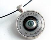 Eye of the camera - Unisex Steampunk Necklace - Industrial Techno Geek Handmade Jewelry