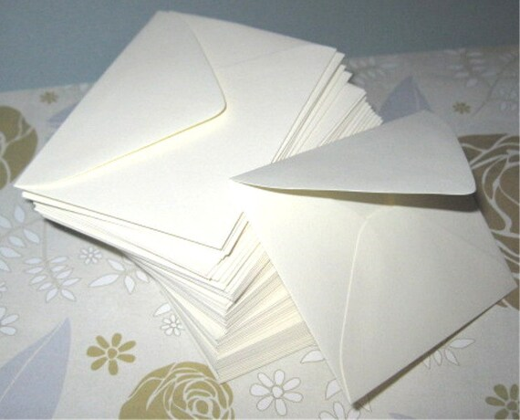 Mini Escort Envelopes Plain - Package of 100 Soft White