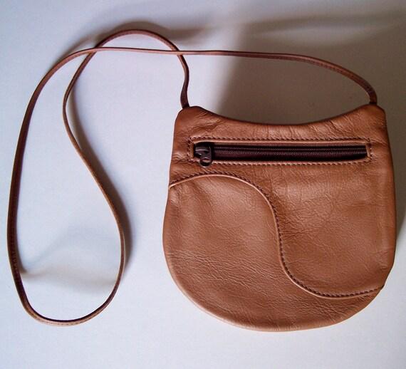 Brown Leather Purse Handbag - Crossbody Style - Medium Round