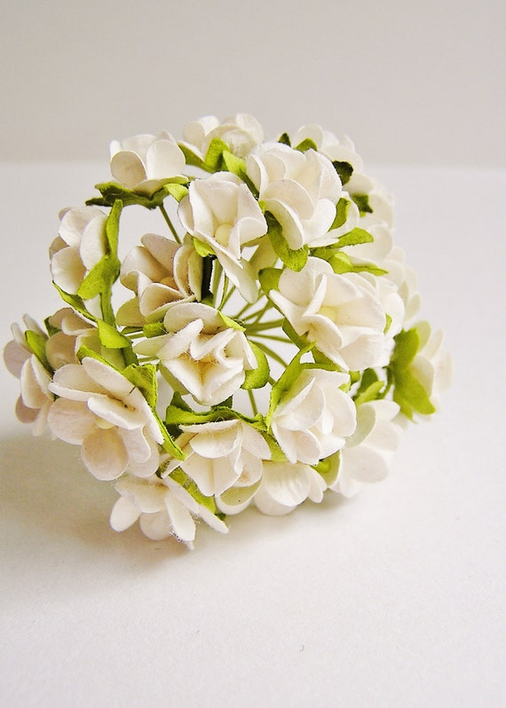 White Petite Primrose Vintage style roses bunch Millinery Flower Bouquet