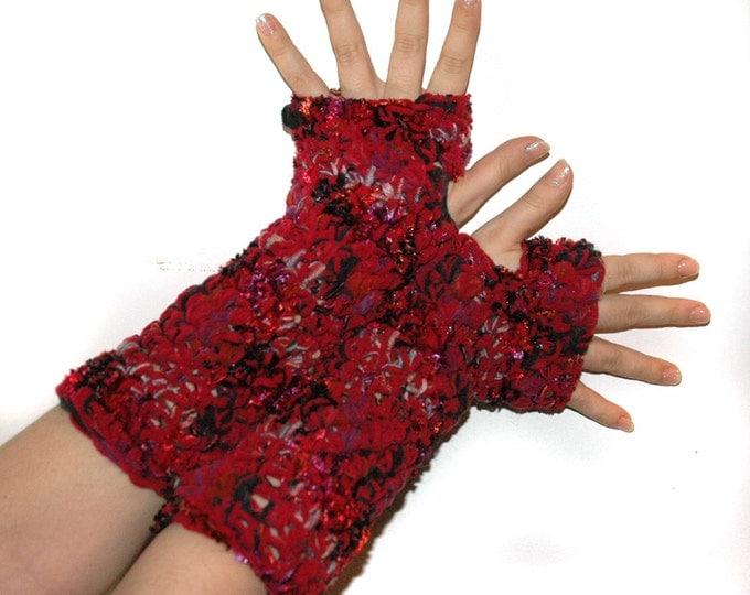 Red Romantic Mix Fingerless Gloves