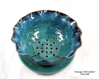Berry bowl, pottery berry bowl, ceramic fruit bowl- made to order