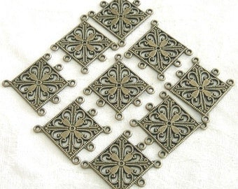 10 Pieces of Antiqued Bronze Chandelier Square Floral Earring Findings