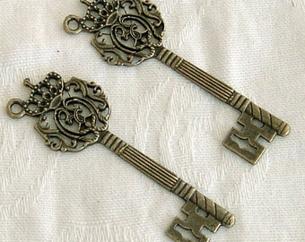 Antiqued Brass Royal Key Charms 4 Pieces