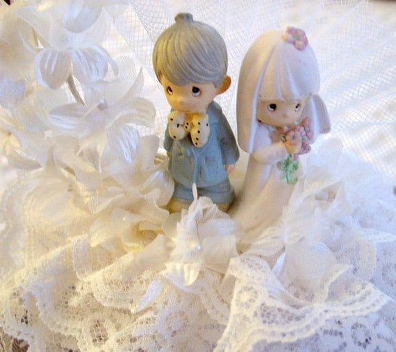 precious moment wedding cake topper precious moments wedding cake topper ceramic by 18717