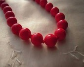 Vintage 1940s 1950s Red Glass Beads Necklace Choker