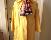 Vintage Yellow London Fog Trench Rain Coat Size 12 Reg with colorful scarf