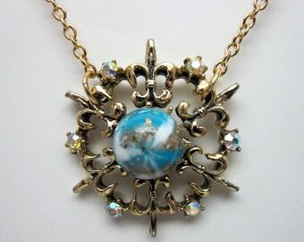 Vintage Pendant Necklace (255)