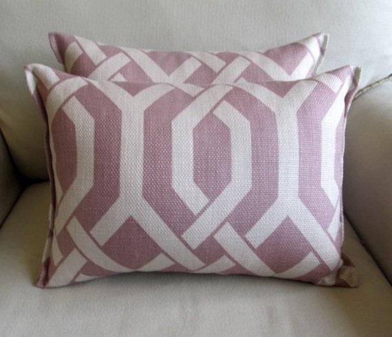 Amethyst accent/lumbar pillow12x16