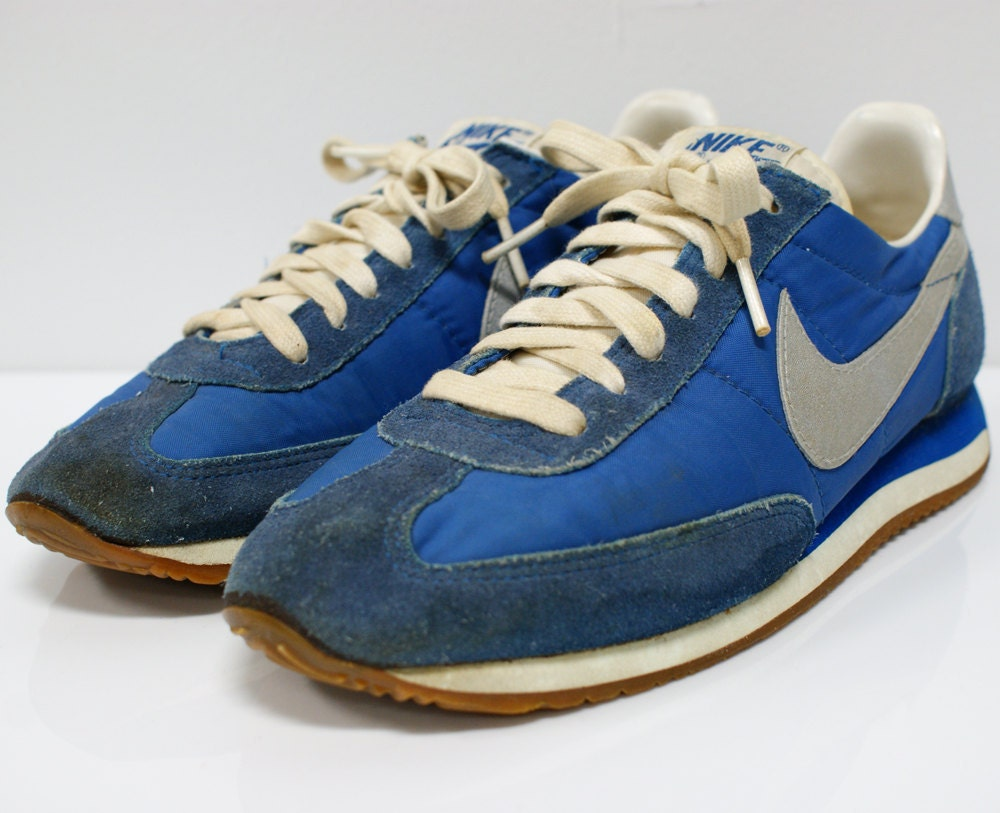 Vintage Pair Of 1970s 80s Nike Sneakers Blue And Silver Size