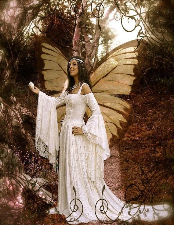 Gallery renaissance corset wedding dress for Medieval style wedding dress