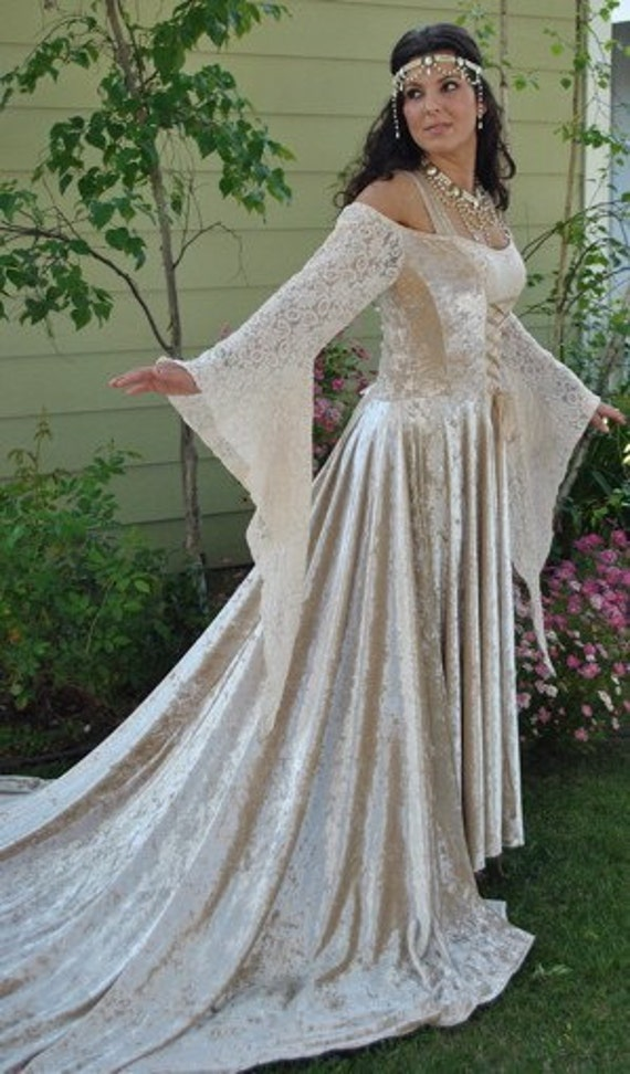 Items similar to Medieval Velvet and Lace Gown with Train ...