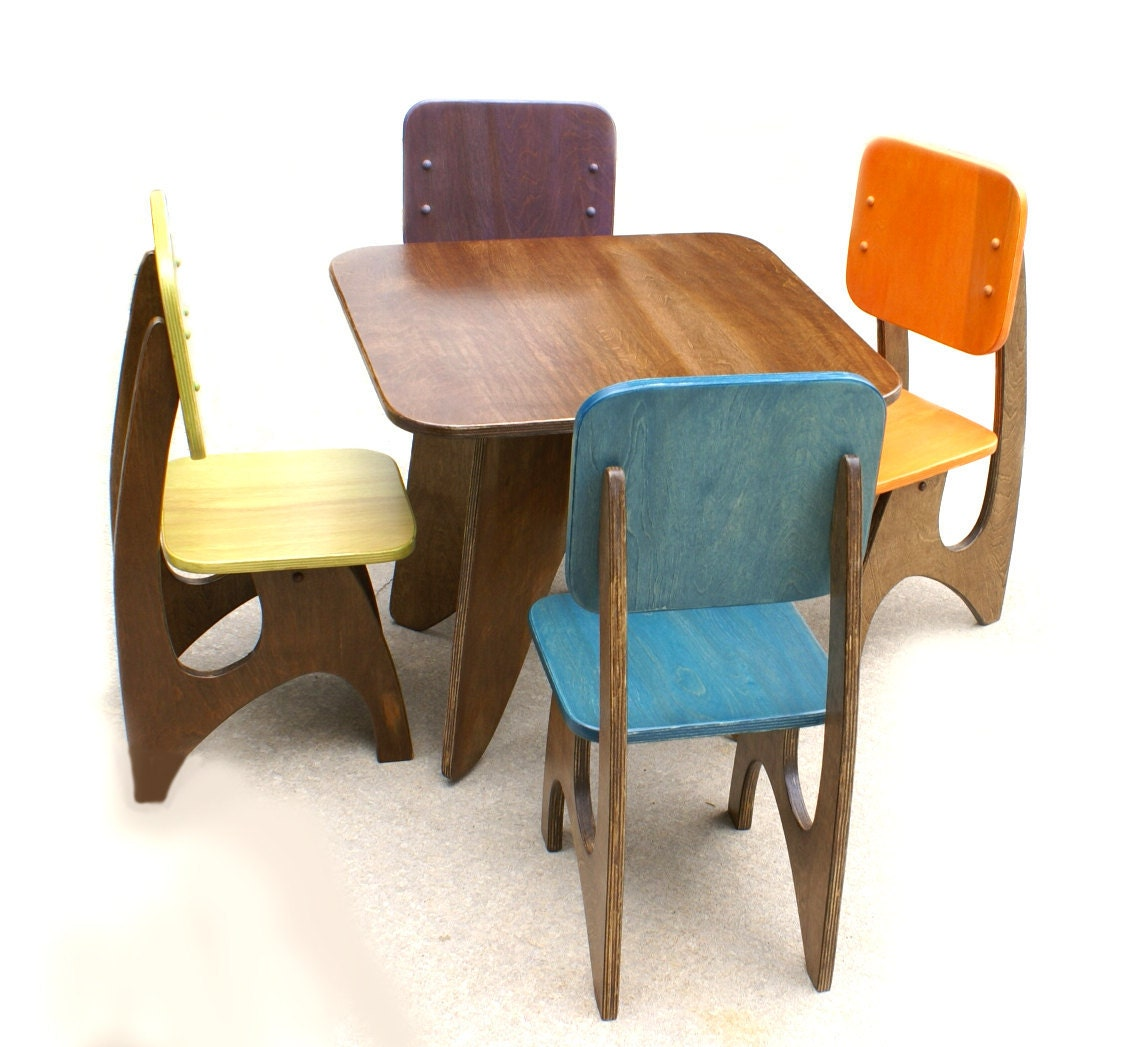 Modern child table set 4 chair option for Toddler table