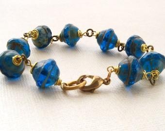 Bracelet Ocean Blue Saucer Czech Glass Brass