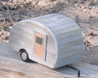 Coin Bank - The Little Old Trailer Bank (no. 4)