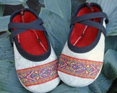 SALE - PDF ePattern Crossover Baby Shoes