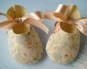 Precious Baby Booties - Shoes with Ribbon Ties - PDF e-Pattern Sewing