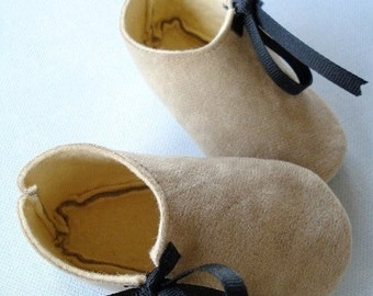 SALE - PDF ePattern - Penguin and Plain Baby Shoes Sewing Pattern