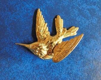 1 LARGE Brass Birds.  3D Gorgeous Diving Sparrow.