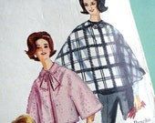 1960s Vintage Sewing Pattern - Cape - Caplet - Poncho - Simplicity 5416  / Size Small 10-12
