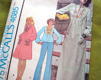1970s Vintage Sewing Pattern/ Boho PEASANT Top or DRESS with Transfer / McCalls 4685 / Large UNCUT