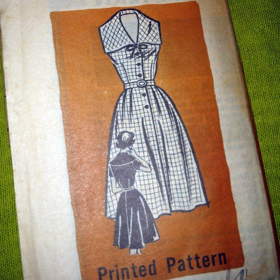 1950s Vintage Sewing Pattern - Flared Skirt DRESS - Wide Collar - Mail Order Pattern 9321