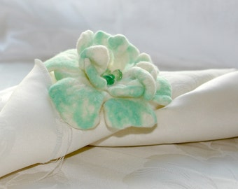 Flower Brooch, Felt White And Mint Pin, Corsage flower, Felted Brooch, mother day gift, Best wishes from Europe