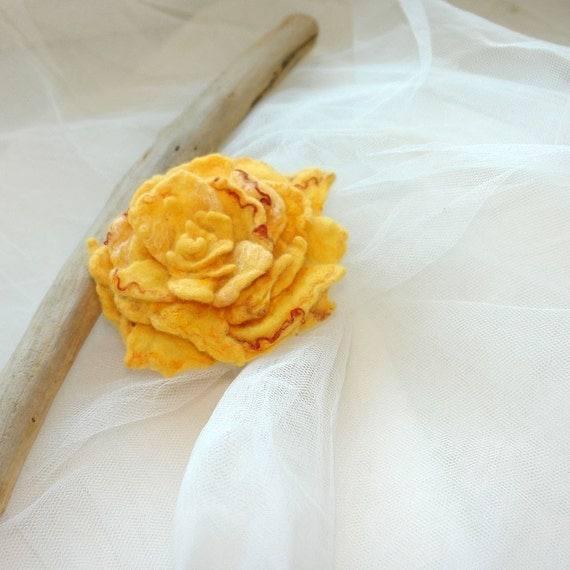 Hand Felted Wool Rose Flower Brooch - Rose - like first kiss -  Felt sunny yellow rose  pin