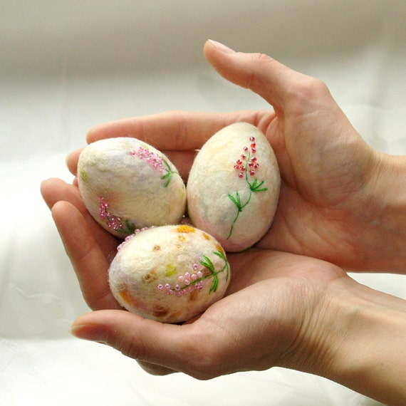 Felt Easter eggs, Hand felted Easter decoration, Pastel Easter eggs, Table Decoration, Home decor, Best wishes from Europe, made to order