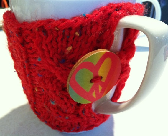 Red Speckled Coffee or Tea Cup Cozy with Wooden Heart Peace button
