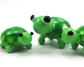 Little Green Turtle Family Lampworked Glass Bead Figurines